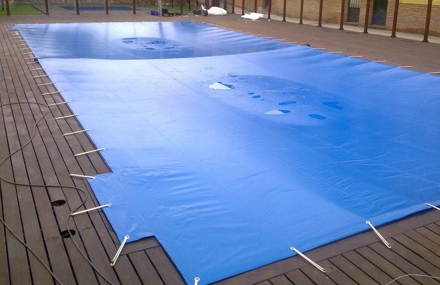 Mantener el agua de la piscina en invierno